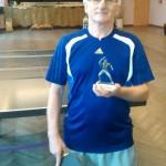 Zwycięzca turnieju Antoni Kałuża ze swoim trofeum